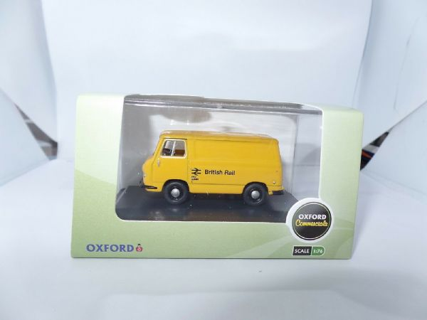 Oxford 76J4002 J4002 1/76 OO Scale  BMC Morris J4 Van British Rail Yellow Barbed
